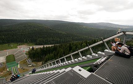 Skisprung-Arena von oben